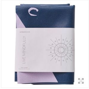 Anthropologie travel yoga mat